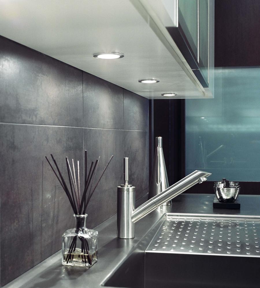 Modern Kitchen Design by Arbor Mills Custom Cabinetry