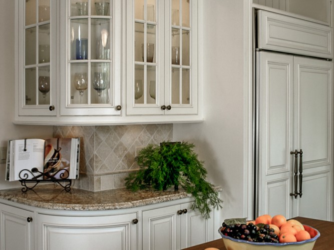 Traditional High End Kitchen from Arbor Mills