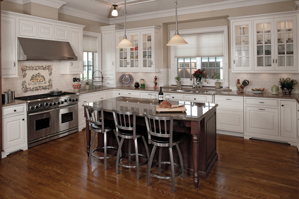 White Painted Custom Kitchen by Arbor Mills